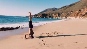 handstand-699120_960_720